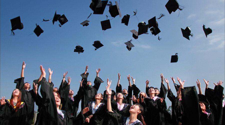 Attention College Seniors: Bring Your Portfolio to Job Interviews